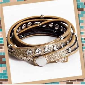 5⭐️ rated Leather wrap crystal studded bracelet